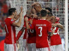 Benfica! As sucessivas vitórias refletem a união do grupo.