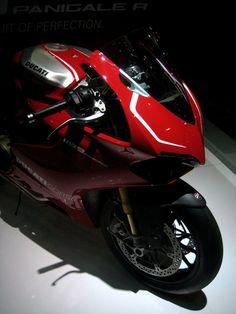 Ducati 1199 Panigale R #DoWant