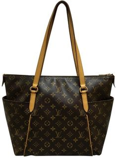 Louis Vuitton Brown Canvas Totally Shoulder Bag. Get one of the hottest  styles of the 57cd186db2090