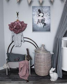 Ruffles, Kids Room, Throw Pillows, Nursery Ideas, Instagram, Mood, Decor, Bebe, Toss Pillows