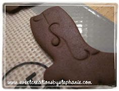 Fondant Tutorial: Cowboy Boot