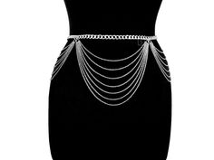 Diy Body Chain, Body Chain Jewelry, Fashion Belts, Fashion Outfits, Flare Jeans Outfit, Waist Jewelry, Goth Accessories, Shoulder Necklace, Kpop Outfits