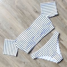 White-Stripe-Bandeau-Ruffle-Bikinis-Set-Swimwear