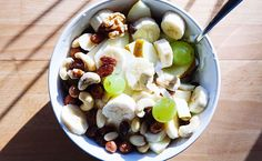 THIS Is the Absolute Best Way to Wean Yourself Off Sugar  http://www.eatclean.com/scoops/wean-off-sugar?cid=soc_Prevention%2520Magazine%2520-%2520preventionmagazine_FBPAGE_Prevention_Internalonly:EC_Sugar