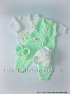 New Crochet Baby Jacket Doll Clothes Ideas Crochet Baby Jacket, Crochet Baby Clothes, Crochet Baby Hats, Baby Boy Knitting Patterns, Baby Girl Patterns, Knitting Dolls Clothes, Doll Clothes, Baby Born Clothes, Baby Sweaters