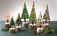 Christmas Trees by Terry Gomien: Art Glass Sculpture available at www. Fused Glass Ornaments, Fused Glass Jewelry, Fused Glass Art, Mosaic Glass, Stained Glass, Christmas Tree Table Decorations, Glass Christmas Ornaments, Christmas Trees, Retro Christmas