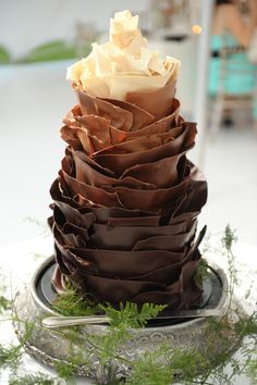 chocolate curl cake. What a showstopper this would be- if I had even a tiny bit of talent in the culinary area!