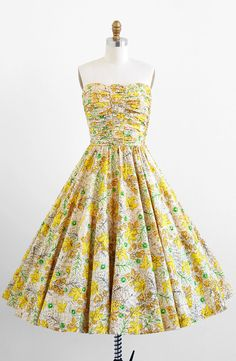 vintage 1950s yellow leaf print cotton party dress | retro, rockabilly dresses | http://www.rococovintage.com