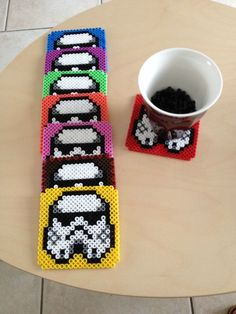 {DIY} Des sous verres Star Wars en perles Hama Chez Magasaly - Star Wars Stormtroopers - Ideas of Star Wars Stormtroopers - Stormtrooper hama bead coaster set what fun! Hama Beads Coasters, Diy Perler Beads, Perler Bead Art, Pearler Bead Patterns, Perler Patterns, Perle Hama Star Wars, Arte 8 Bits, Star Wars Crafts, Motifs Perler