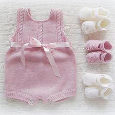 Instagram ortam maria_carapim - #bebek #babyclothing #babyclothes #babybooties… [] # # #Baby #Knits, # #Braids, # #Yarns, # #Romper, # #Osman, # #Handmade, # #Tissues #Drink, # #Tric, # #Jacket