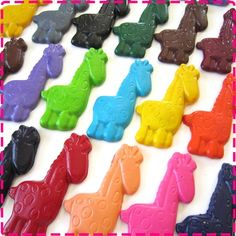 Favors for the kids at Ellis' party... giraffe crayons