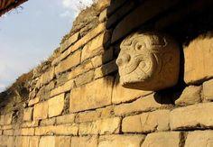 Cabeza clava en Chavin de Huantar - Huaraz