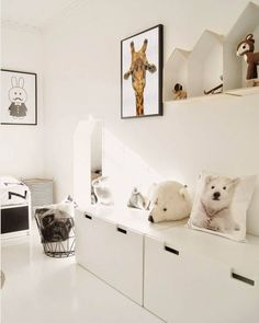 Minimalist Kids Bedroom Ideas To Inspire You Today Childrens Room Decor, Kids Decor, Ikea Childrens Bedroom, Decor Ideas, Scandinavian Kids Rooms, Minimalist Kids, Kids Room Design, Kid Spaces, Kids House