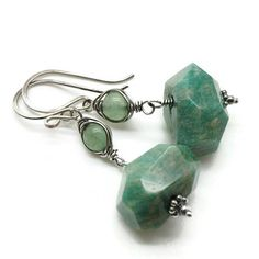 Russian amazonite nugget earrings, Aventurine earrings, Wire wrapped amazonite, Nugget earrings. Artisan green dangle earrings with gorgeous freeform faceted Russian amazonite nuggets wire wrapped on fine silver with a sterling silver spacers on the bottom of these beautiful gemstones.