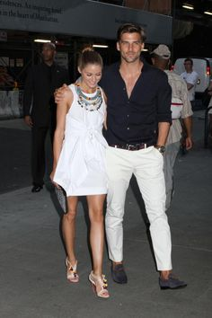 Dandy Candy: Spotlight On Johannes Huebl And His Impeccable Style Night Outfits, Classy Outfits, Chic Outfits, Suit Fashion, Mens Fashion, Fashion Tips, Fashion Trends, Style Fashion, Miami Outfits