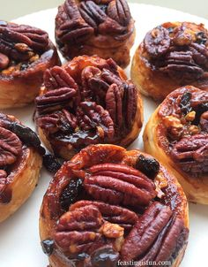 Sticky Pecan Sultana Buns, delicious served warm for breakfast, or anytime, with cinnamon spice are perfect. Easy to make, easier to devour! Chelsea Bun Recipe, Homemade Pastries, Savoury Baking, Baking And Pastry, Sweet Recipes, Dessert Recipes, Desserts, Pecan, Favorite Recipes