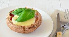 Dit recept voor Portobello Pizza komt uit Het Voedselzandloper Kookboek.