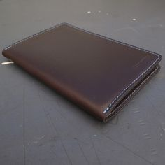 And yet another toy from Doane Paper I'd love to play with! Leather case for Doane pocket notebooks.