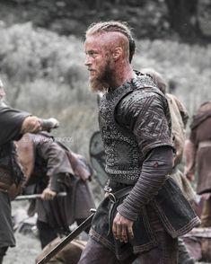 Ragnar Lothbrok Vikings, Vikings Tv, The Last Kingdom, Leather Armor, Travis Fimmel, Jon Snow, Instagram, Ideas Para, Fictional Characters