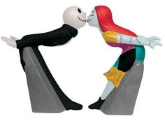 Nightmare Before Christmas Jack & Sally Kiss Salt and Pepper Shakers