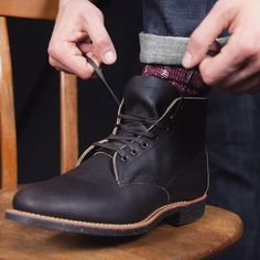 The #merchant 8061 by @redwingshoes is made of Ebony Harness #leather and based on traditional #workboots from the 1920's, when #redwing started making #boots without toe reinforcement to provide a more comfortable fit. The boot is a homage to the company´s founder Charles Beckman, who worked as a merchant in #redwing, #minnesota.  Available online and in store now! #burgundschild #merchant8061 #redwingheritage #redwingshoes #redwingboots #merzbschwanen #merino #socks