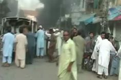 Violence intensifies in Pakistan's northwest | As government says it is ready to enter dialogue with Pakistani Taliban, Peshawar recovers from third deadly blast in a week.