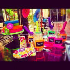 Mesa de fruta con fuente de chamoy perfecta para una for Piscinas infantiles eroski
