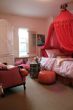 More idea for Edens room. Love the chair, pouf, bed, side table. dress up box