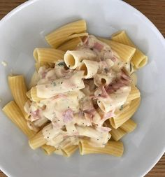 Because of the many, many inquiries from you here quickly my recipe for pasta in cheese-cream sauce. Veggie Recipes, My Recipes, Pasta Recipes, Healthy Recipes, Cake Recipes, Healthy Meals To Cook, Healthy Cooking, Actifry Recipes, Street Food
