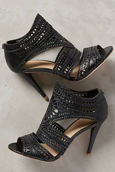Tendance Chaussures Dote Shopping Shop Womens Outfitters and Urban Apparel Tendance & idée Chaussures Femme 2016/2017 Description Anthropologie Aerin Lia Heels Found on my new favorite app Dote Shopping #DoteApp #Shopping