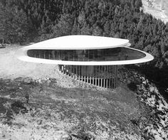 The Sculptured House by Charles Deaton in CO 1963. Genesee Mountain, Jefferson County, Colorado. A beautiful sweep of concrete and glass, the home was used In Woody Allen's 1973 film Sleeper, representing a home two hundred years into the future.