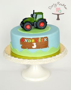 cake with tractor Farm Birthday Cakes, 3rd Birthday Parties, Fondant Cakes, Origami, Transportation, Birthdays, Sweets, Desserts, Food