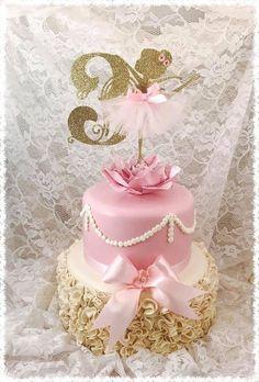 Ballerina Cake Topper Ballerina Party by MemoryKeepsakeParty Ballerina Party Decorations, Ballerina Birthday Parties, Birthday Party Decorations, Ballet Cakes, Ballerina Cakes, Quinceanera Party, Party Cakes, Cake Toppers, Creations