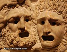 Anciens masques de théâtre grec.