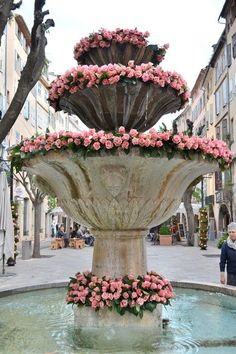 A rose-bedecked fountain in Grasse, in the Alpes-Maritimes department on the French Riviera. Oh The Places You'll Go, Places To Travel, Beautiful World, Beautiful Places, Beautiful Roses, Belle France, South Of France, French Riviera, France Travel