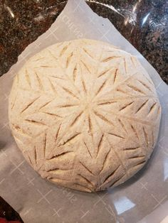 Decorative scoring of your artisan bread can really enhance its appearance and make a loaf look and feel special. We've compiled some scoring tips and tricks along with video demonstrations. No Carb Recipes, Flour Recipes, Bread Recipes, Yeast Bread, Sourdough Bread, Bread Baking, Bread Art, Sourdough Recipes, Artisan Bread