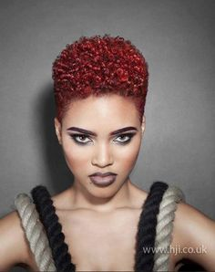 .dark copper red Curly Pixie Cuts, Short Hair Cuts, Blonder Afro, Short Natural Styles, Short Styles, Tapered Natural Hair, Tapered Twa, Natural Red, Natural Beauty