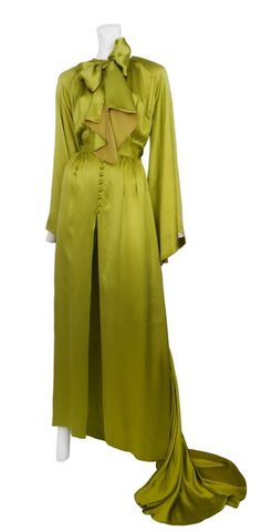 Archival Hollywood Couture Nightwear from the 1930s. Silk chartreuse hostess robe