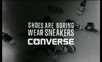 Videos Trocadéro Days by Pontus Alv : Converse Skateboarding - Converse Skateboarding e o Embaixador Pontus Alv tiveram a idéia de fazer um pequeno filme sobre uma tour em torno da cidade de Paris, com uma rampa e um par de pratos, inspirados por 1989 e os the Converse CONS CTAS Pro Skate os famosos tênis de skate.