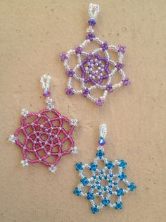 Beaded Snowflake Patterns | Beaded Snowflakes Tutorials and Kits