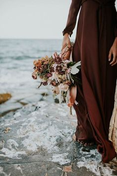Gorgeous warm-toned bridal bouquet | Allison Markova Photography