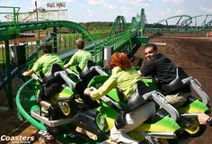 Roller coaster magazine: World premiere of Vekoma's Booster Bike at Toverland Before I Die, Roller Coaster, Netherlands, Things To Do, Places To Visit, Bucket, Magazine, World, Self