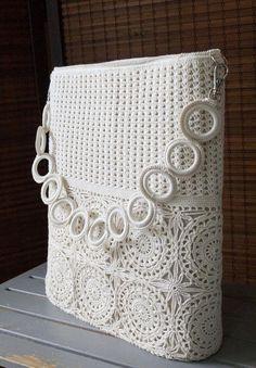 Items similar to Beige Romantic Crochet Lace Summer Shoulder Bag Handbag on Etsy - Knitting Crochet Handbags, Crochet Purses, Crochet Lace, Crochet Shell Stitch, Crochet Bag Tutorials, Knitting Patterns, Crochet Patterns, Knitted Bags, Lining Fabric