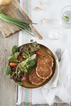 Healthful Appetizer Recipe: Quinoa Cakes with Smoked Salmon - 12 Tomatoes