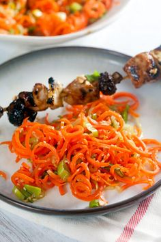 Spiralized Seame Carrot Salad ~ http://www.healthy-delicious.com