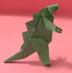 Origami Godzilla and the books showing you how to make them. Learn more on Gilad's Origami Page. Origami Car, Origami And Quilling, Origami And Kirigami, Quilling Paper Craft, Paper Crafts Origami, Oragami, Godzilla Party, Godzilla Birthday Party, Origami Godzilla