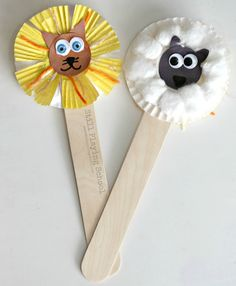 Lion and lamb craft puppets for kids