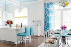 An instant mood lifter, soft blue ceilings look amazing with crisp white walls. Try this in the kitchen or breakfast nook, or anywhere you want a little boost of happiness and positivity.