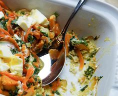 Frittata met platte kaas, broccoli en kerstomaatjes - Recept uit myTaste Frittata, Cheesecake, Meat, Chicken, Ovens, Food, Cheese Cakes, Cheesecakes, Meals