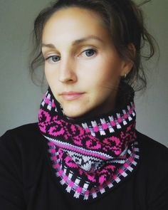 Knit Cowl Fair Isle Neck Warmer One size Black and Pink